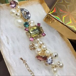bracelet perfectly pretty in pearls baubles & gems